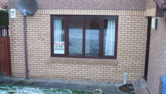 2 bedroom flat for rent elgin